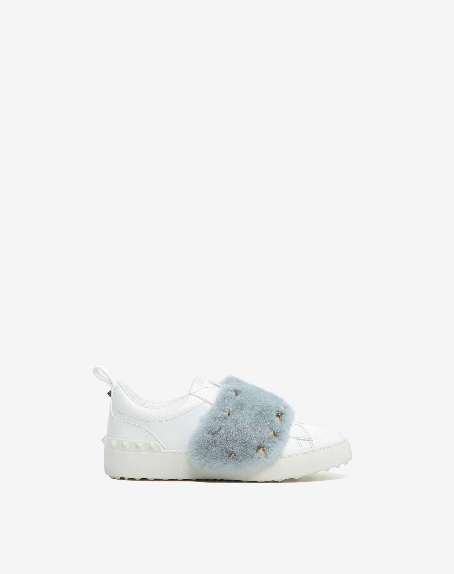 VALENTINO Fur Solid color Round toeline Flat Rubber sole Studs  45368928ki