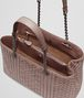 BOTTEGA VENETA MEDIUM TOTE BAG IN DESERT ROSE INTRECCIATO CALF, EMBROIDERY DETAILS Shoulder or hobo bag D dp