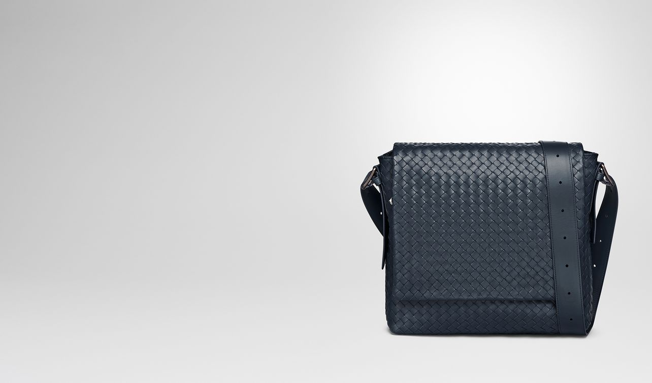 messenger bag in denim intrecciato calf landing