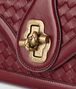 BOTTEGA VENETA CITY KNOT AUS INTRECCIATO NAPPA TOP IN GIGOLO RED Schultertasche D ep