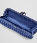 BOTTEGA VENETA COBALT BLUE INTRECCIATO IMPERO STRETCH KNOT Clutch Woman dp