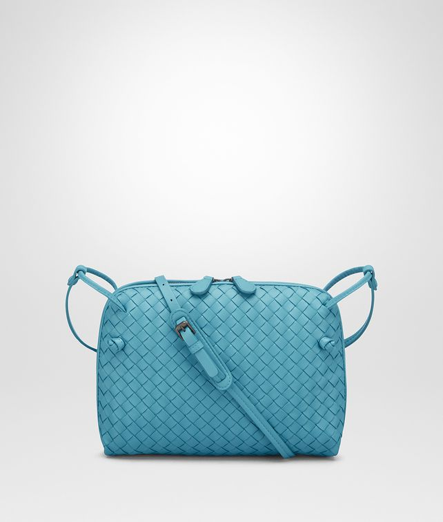 BOTTEGA VENETA AQUA INTRECCIATO NAPPA SMALL MESSENGER BAG Crossbody bag D fp