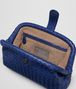 BOTTEGA VENETA THE LAUREN 1980 CLUTCH AUS INTRECCIATO NAPPA IN COBALT BLUE Clutch D dp