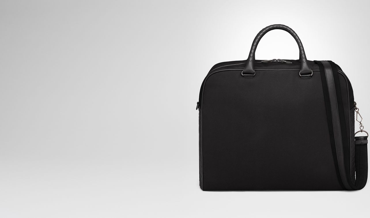 nero canvas duffel landing