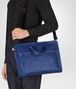 BOTTEGA VENETA AKTENTASCHE AUS INTRECCIATO KALBSLEDER IN COBALT BLUE Business Tasche Herren lp