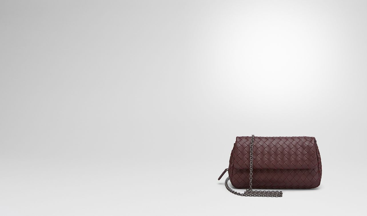borsa messenger mini in intrecciato nappa barolo scuro landing