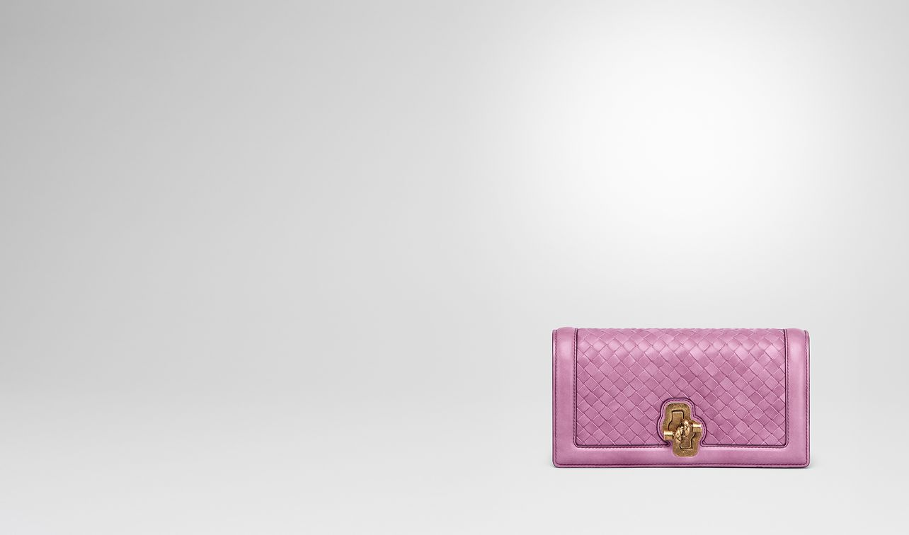 knot clutch in intrecciato nappa twilight landing