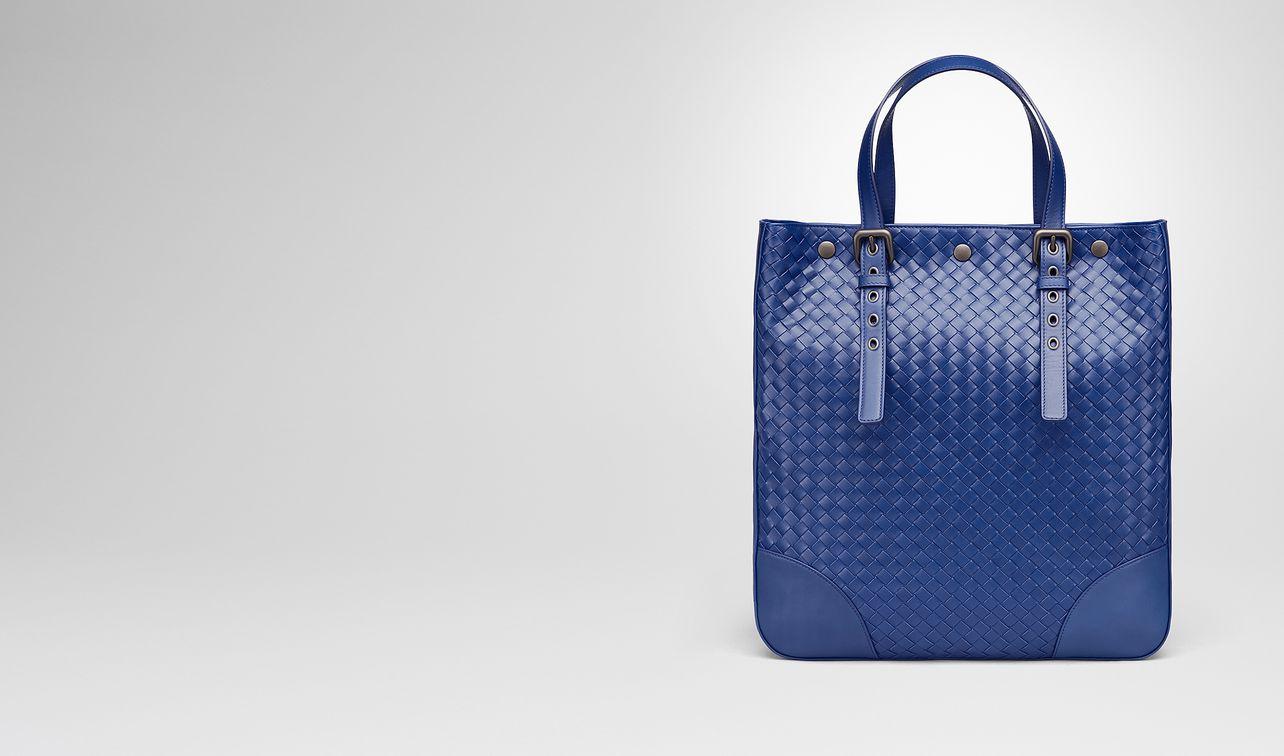 cobalt blue intrecciato aquatre bag landing