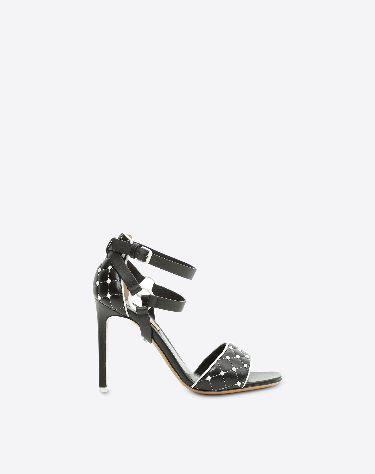 VALENTINO 铆钉 方型鞋头 真皮衬里 真皮鞋底  脚踝处系带 细高跟  45380247sm