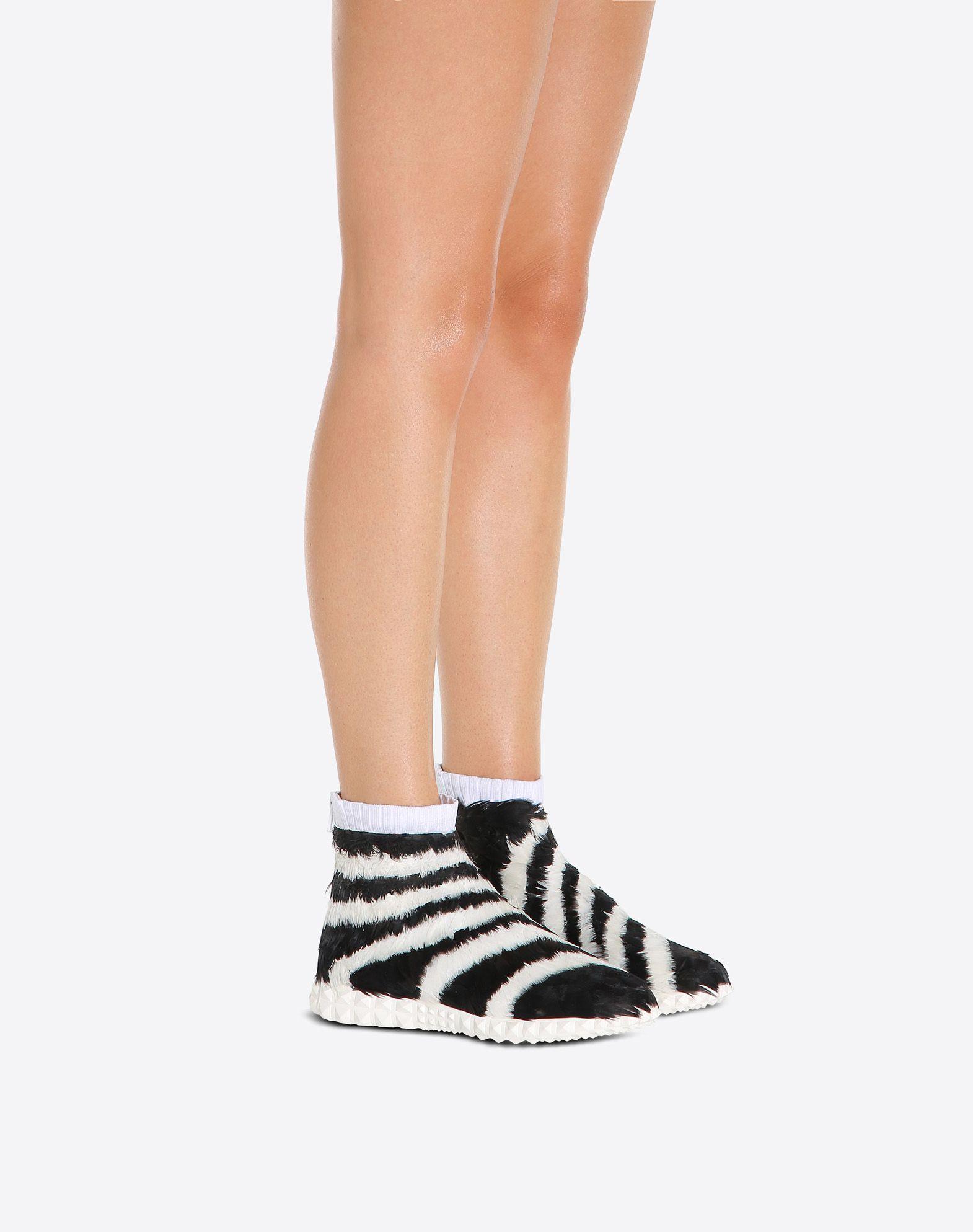 VALENTINO GARAVANI Sneakers con plumas SNEAKERS ALTAS D a
