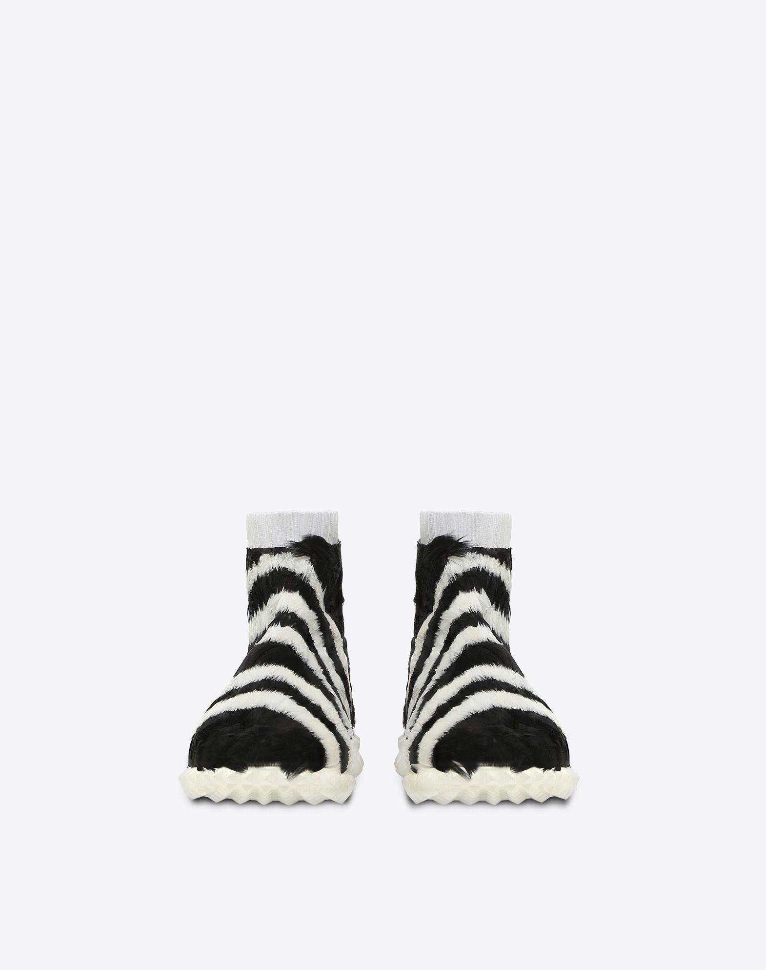 VALENTINO GARAVANI Sneakers con plumas SNEAKERS ALTAS D e