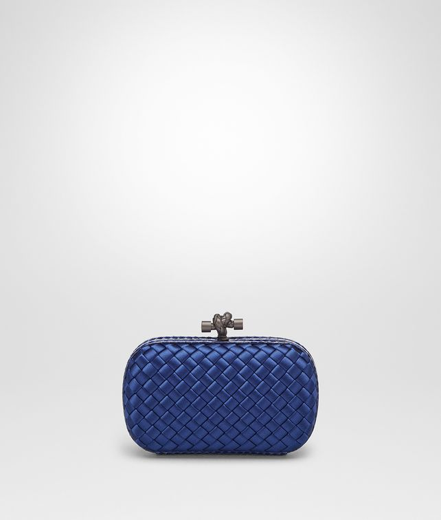 BOTTEGA VENETA COBALT INTRECCIATO IMPERO KNOT Clutch Woman fp