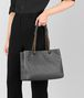 BOTTEGA VENETA NEW LIGHT GREY INTRECCIATO NAPPA MEDIUM TOTE Tote Bag Woman ap
