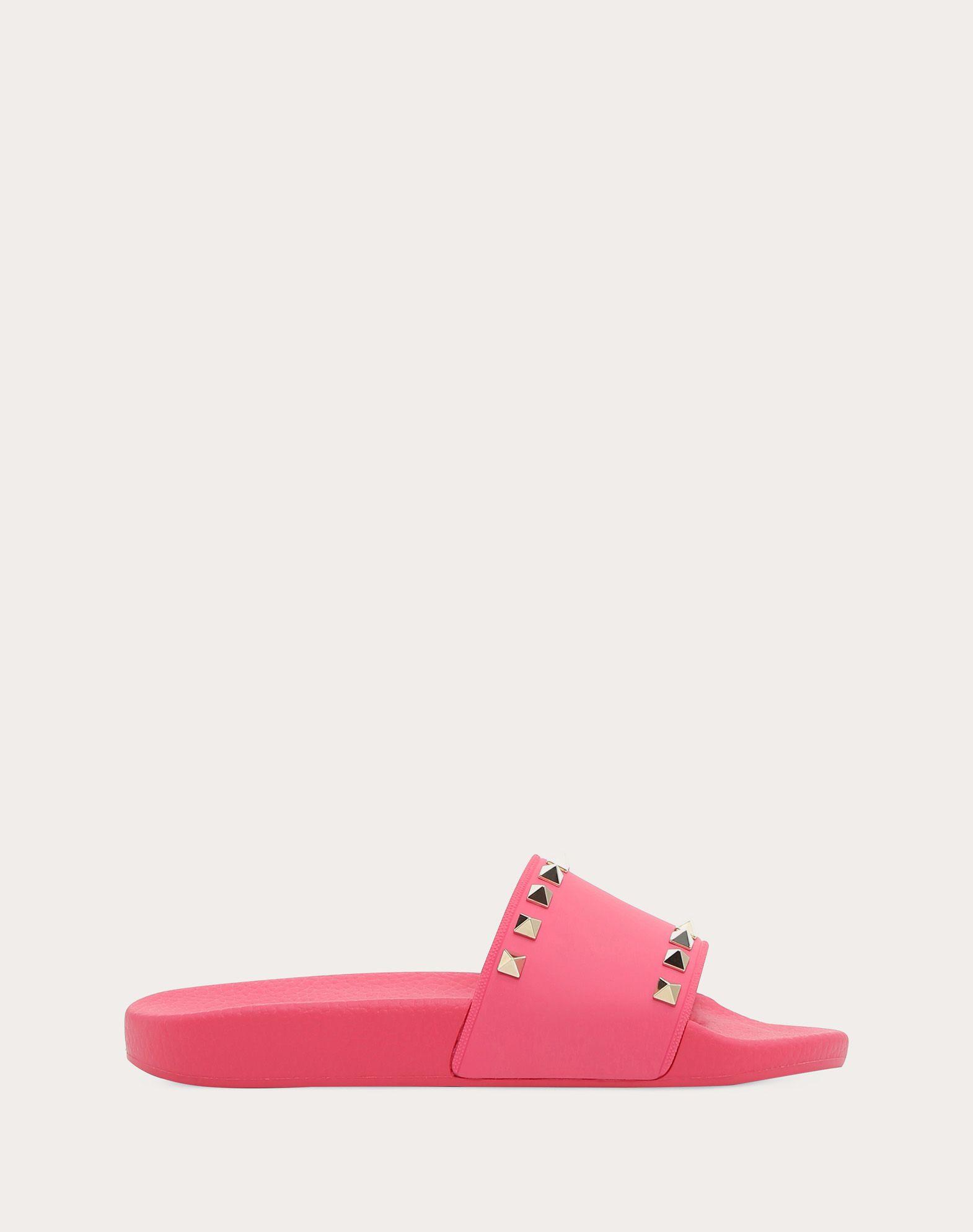 VALENTINO Studs Round toeline Solid color Rubber sole  45380917ta
