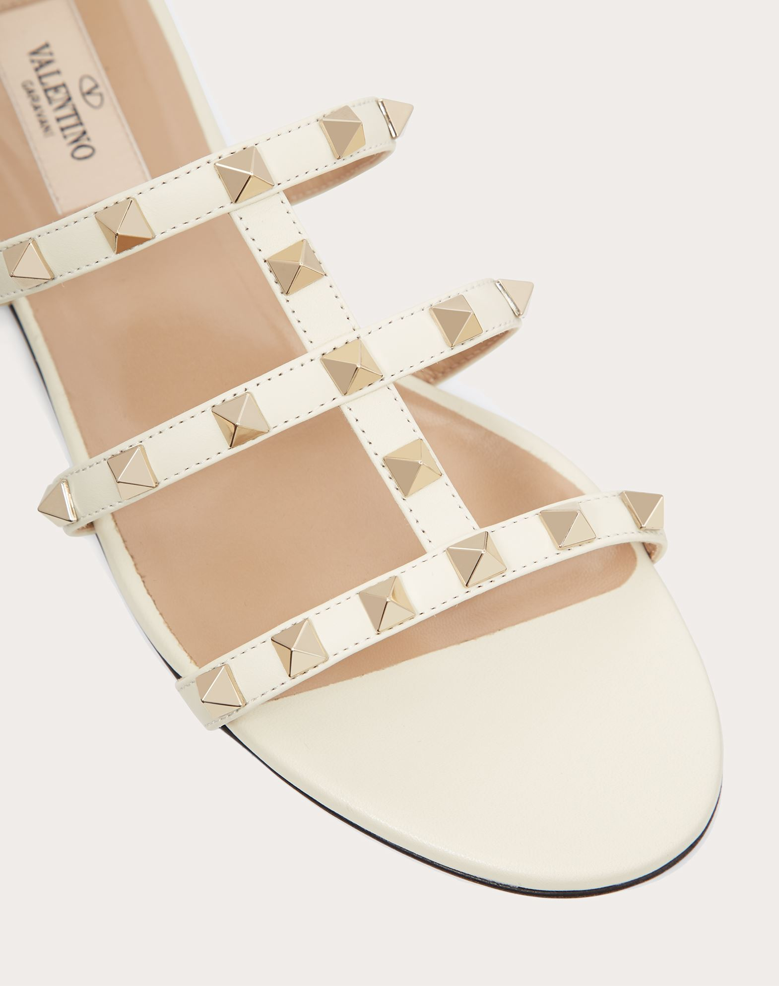 VALENTINO Studs Solid color Leather sole  45381033nu