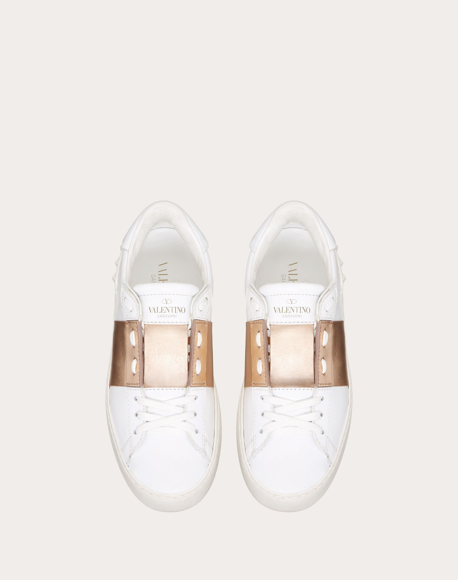 VALENTINO Laminated effect Logo Round toeline Leather lining Laces Flat Rubber sole  45382346re