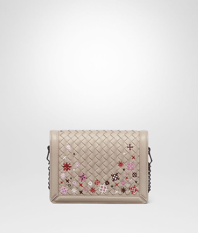 BOTTEGA VENETA BORSA MINI MONTEBELLO IN INTRECCIATO MEADOW FLOWER MINK Pochette [*** pickupInStoreShipping_info ***] fp