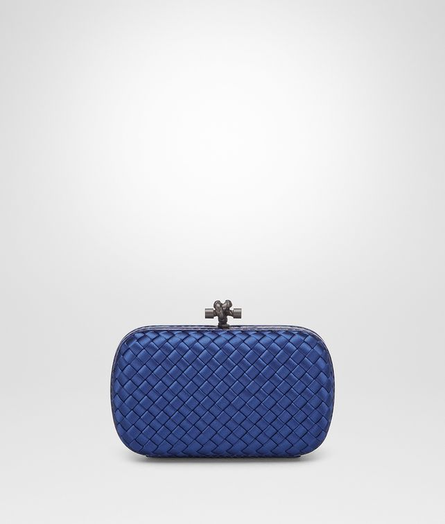 BOTTEGA VENETA COBALT INTRECCIATO IMPERO CHAIN KNOT Clutch Woman fp