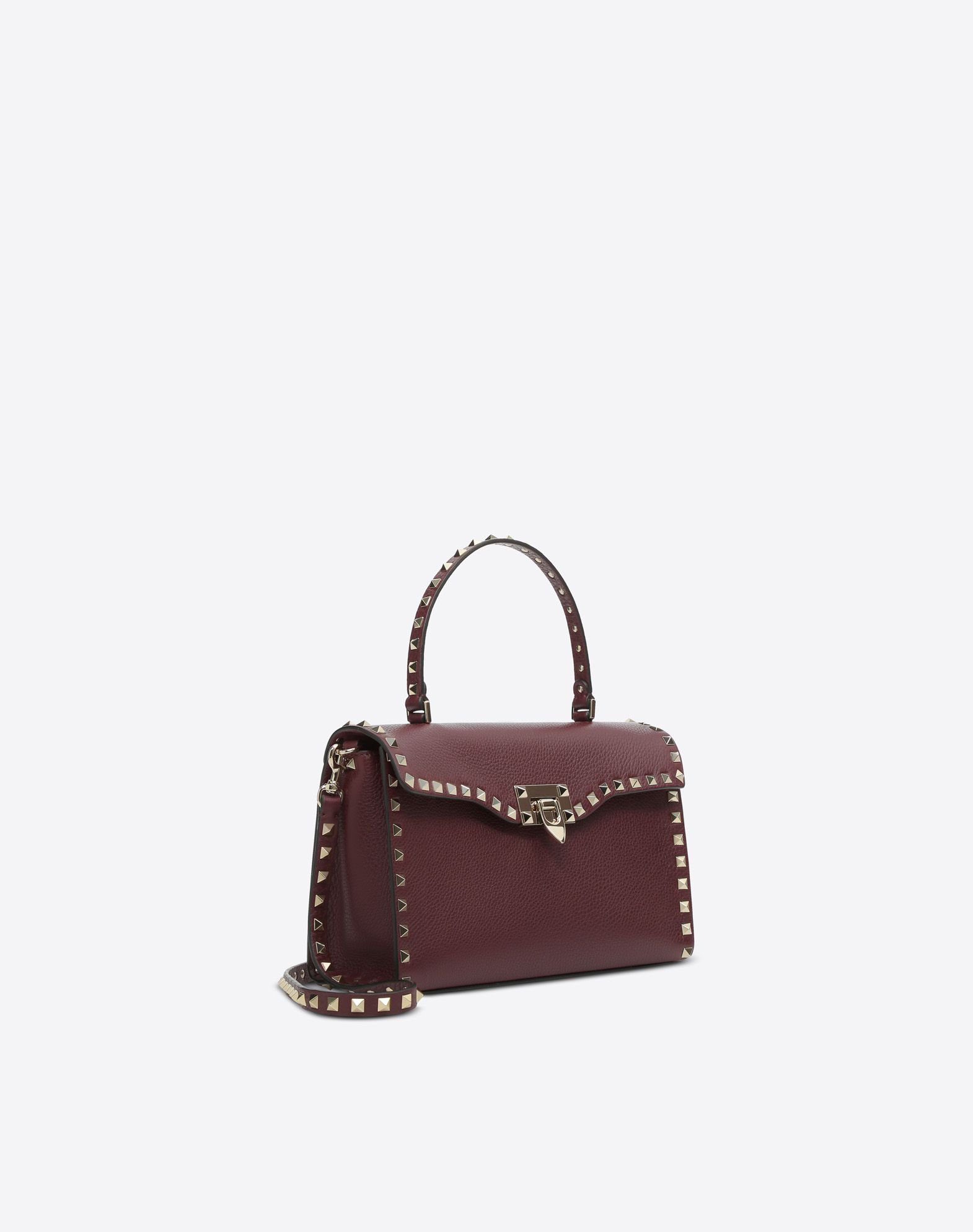 kleine tasche rockstud mit einem henkel f r sie valentino garavani valentino online boutique. Black Bedroom Furniture Sets. Home Design Ideas