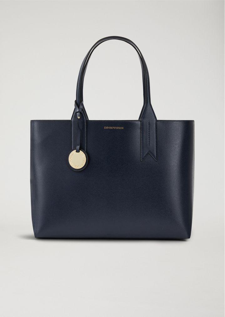 c5b049b4e25c0 Tote bag with logo charm