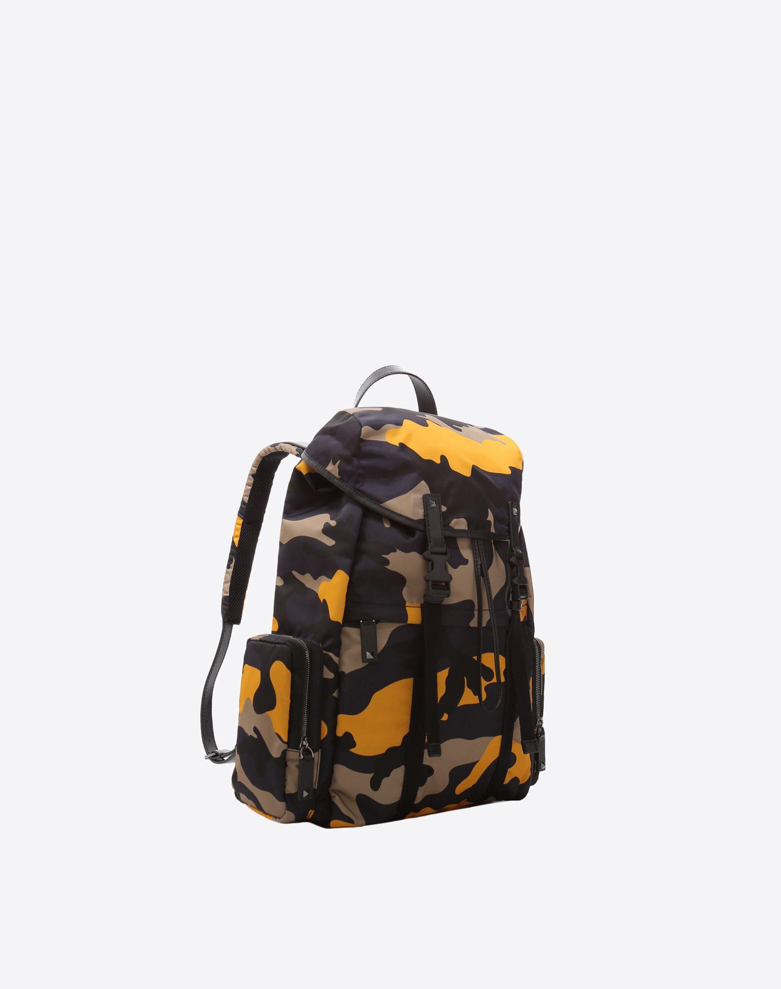 VALENTINO GARAVANI UOMO Camouflage Large Backpack Backpack U r