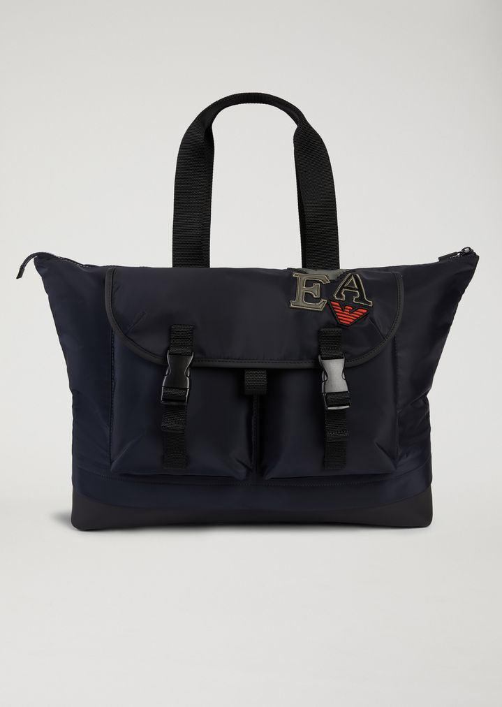 48d6c86aa494 HOLDALL WITH MAXI POCKETS AND PATCHES