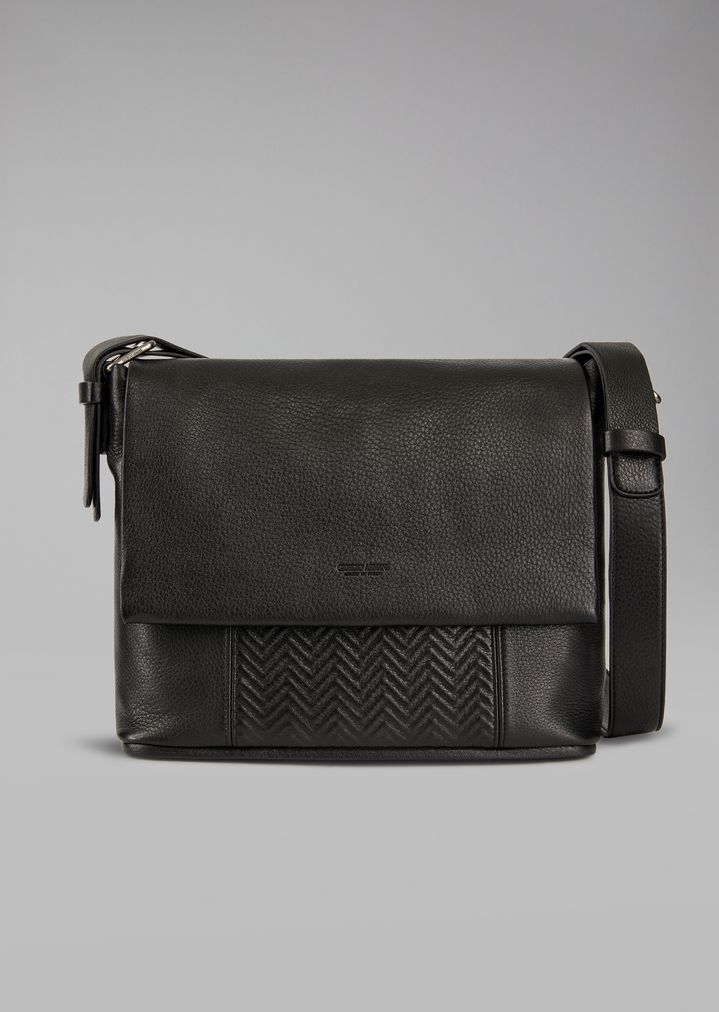 b6639dbed586 Leather messenger bag