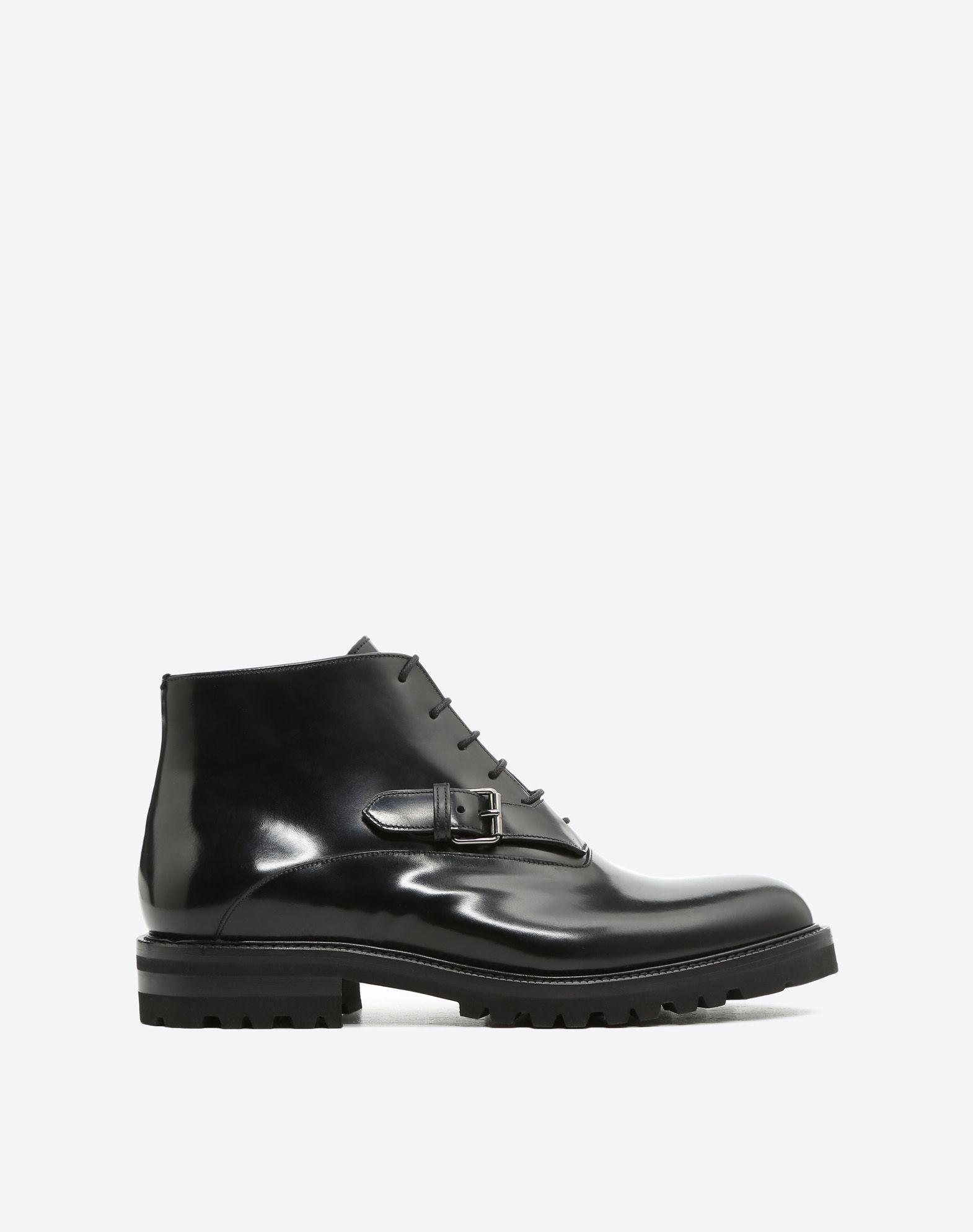 VALENTINO 圆头鞋头 系带 真皮衬里 粗糙鞋底  方型鞋跟 腰带扣 抛光皮 单色  45392465vi