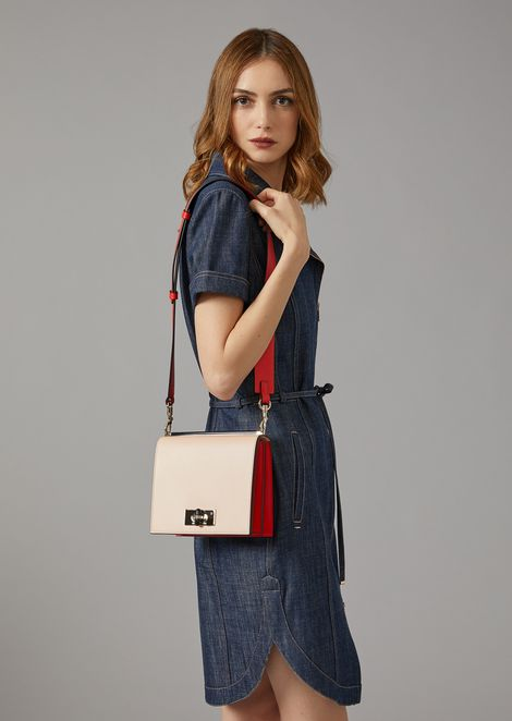 Cross body bag in smooth leather
