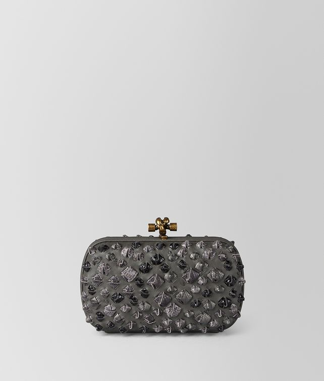 BOTTEGA VENETA GREY KOMODO STRUZZO CHAIN KNOT Clutch Woman fp