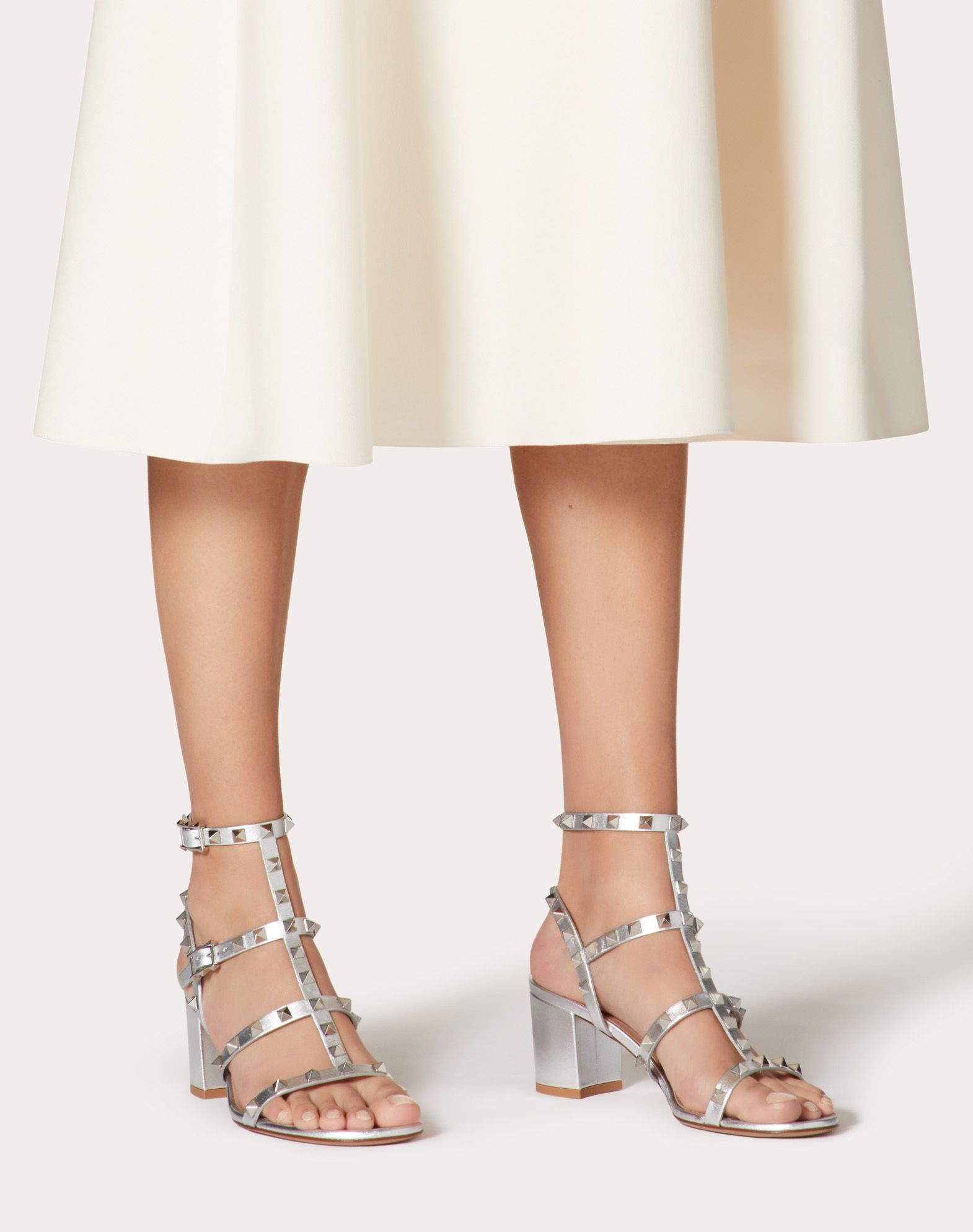 Cheap Price Low Shipping Fee Valentino Garavani The Rockstud Metallic Textured-leather Sandals - Silver Valentino Discount Free Shipping Visit Outlet Perfect Store Cheap Price y2Xnu1