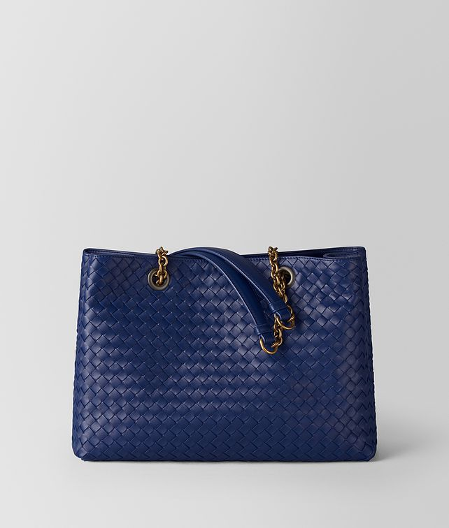 BOTTEGA VENETA ATLANTIC INTRECCIATO NAPPA TOTE Tote Bag [*** pickupInStoreShipping_info ***] fp