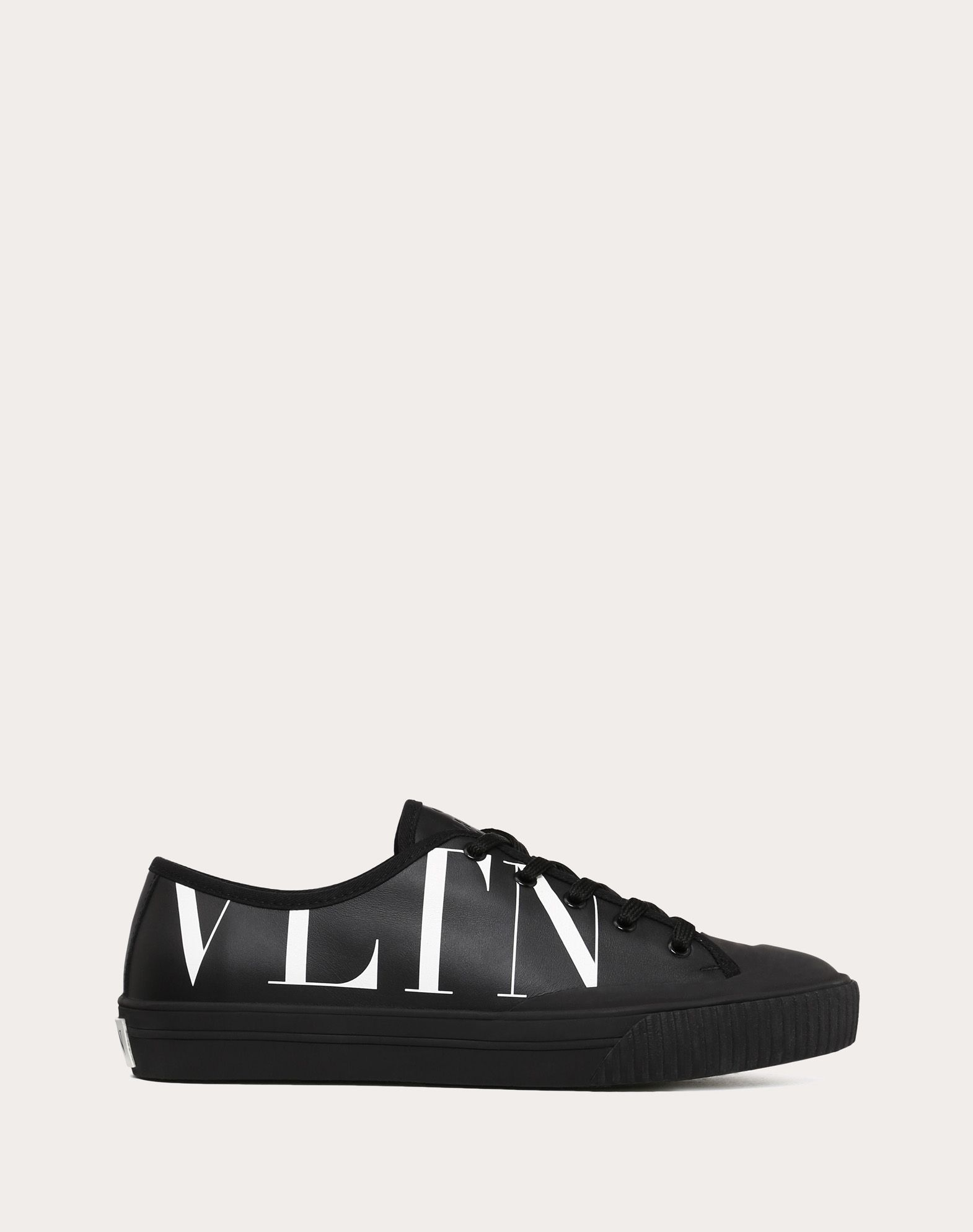 ValentinoHigh-top Sneaker With Vltn Logo CYpQUax6At
