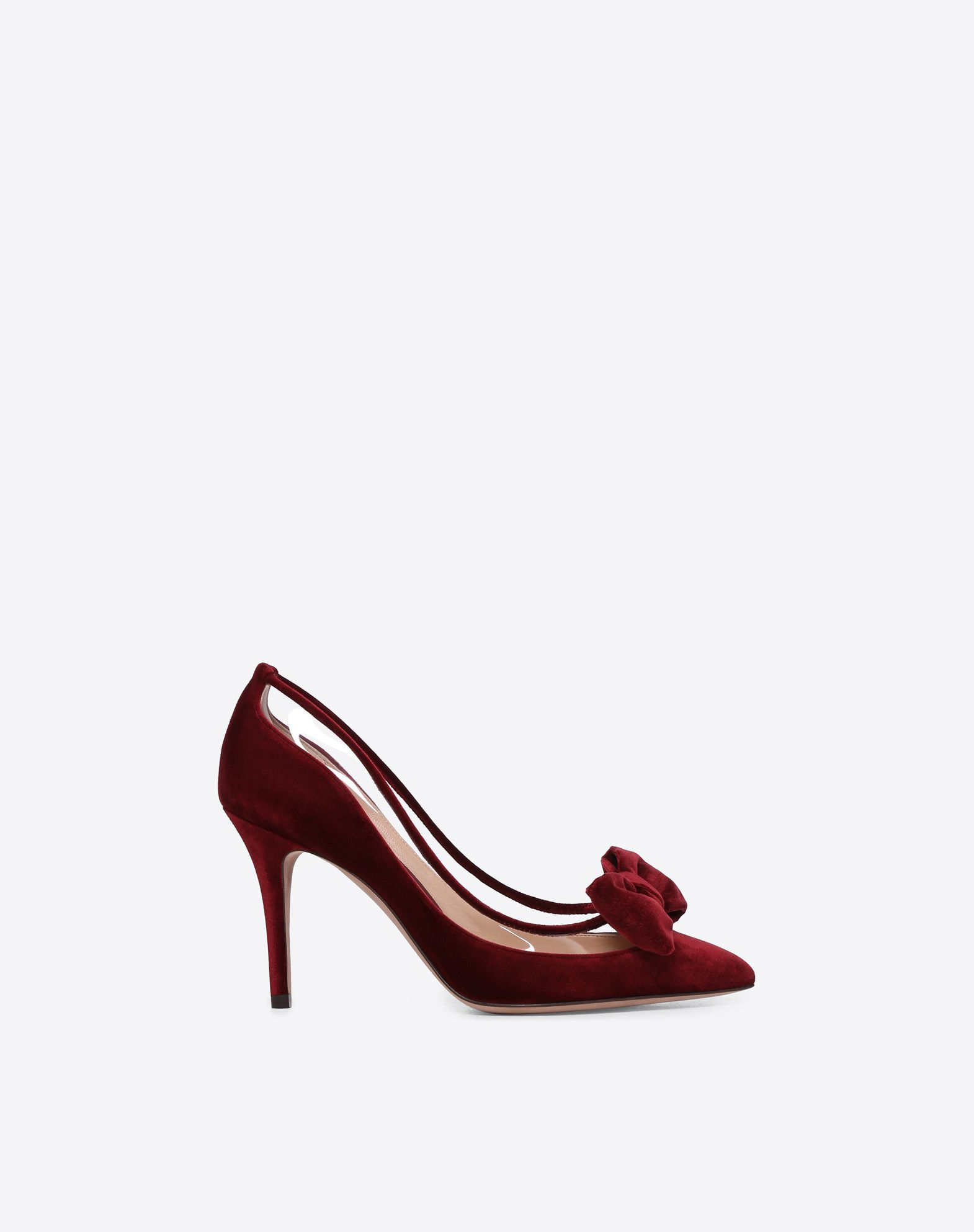 VALENTINO Covered heel Leather lining Solid color Leather sole Velvet Narrow toeline  45407680fb