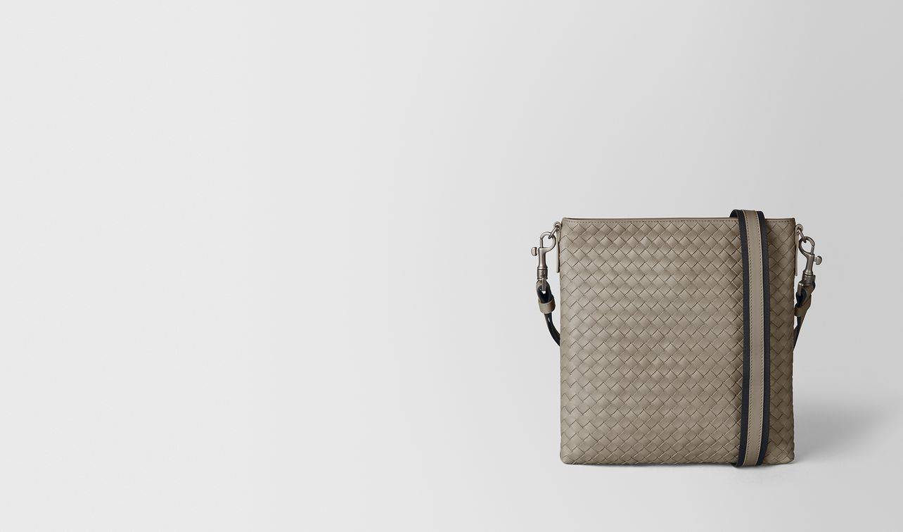 dark cement intrecciato vn small messenger landing