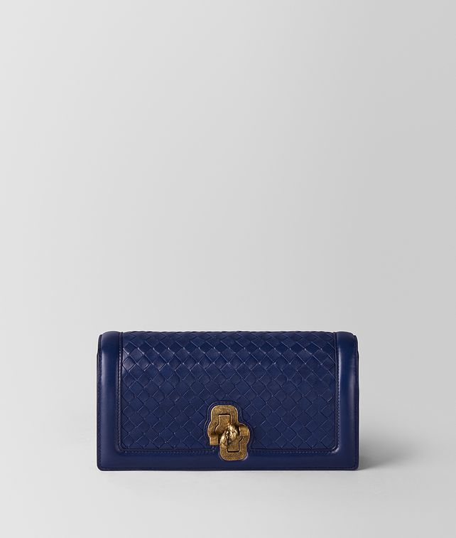 BOTTEGA VENETA KNOT CLUTCH IN INTRECCIATO NAPPA ATLANTIC Pochette [*** pickupInStoreShipping_info ***] fp