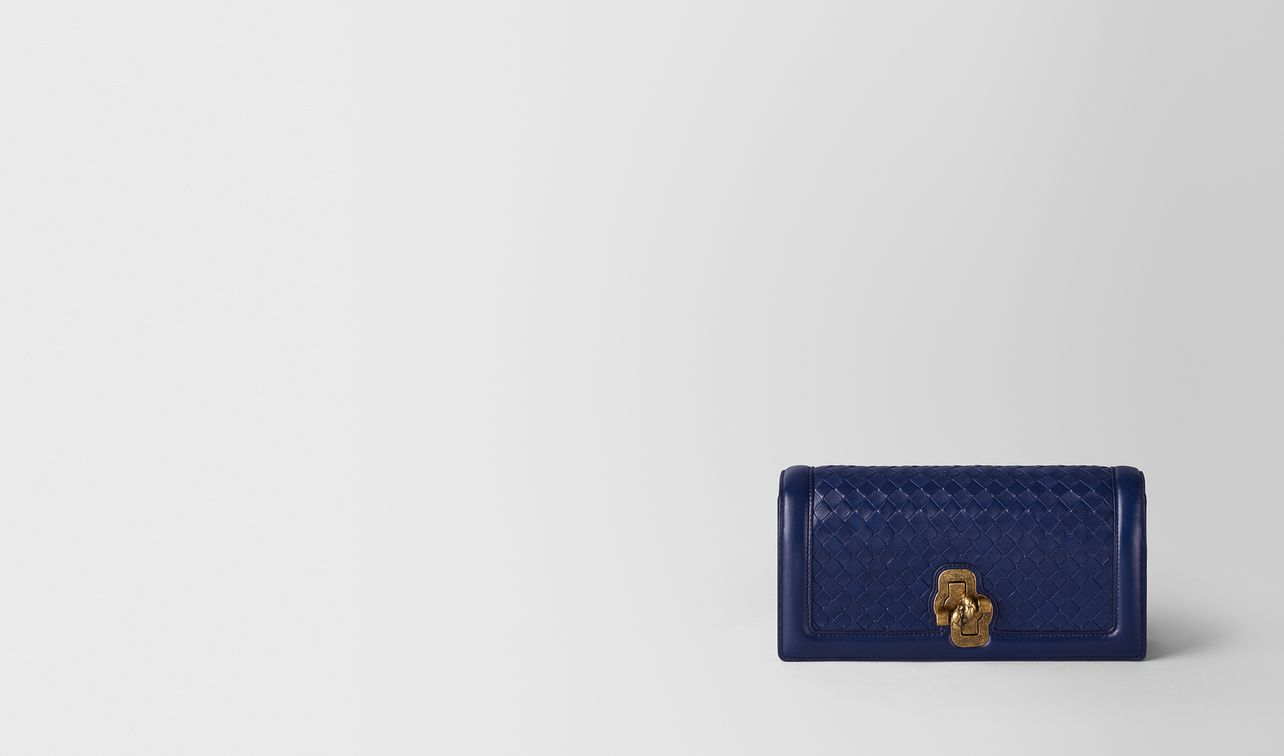 knot clutch in intrecciato nappa atlantic landing