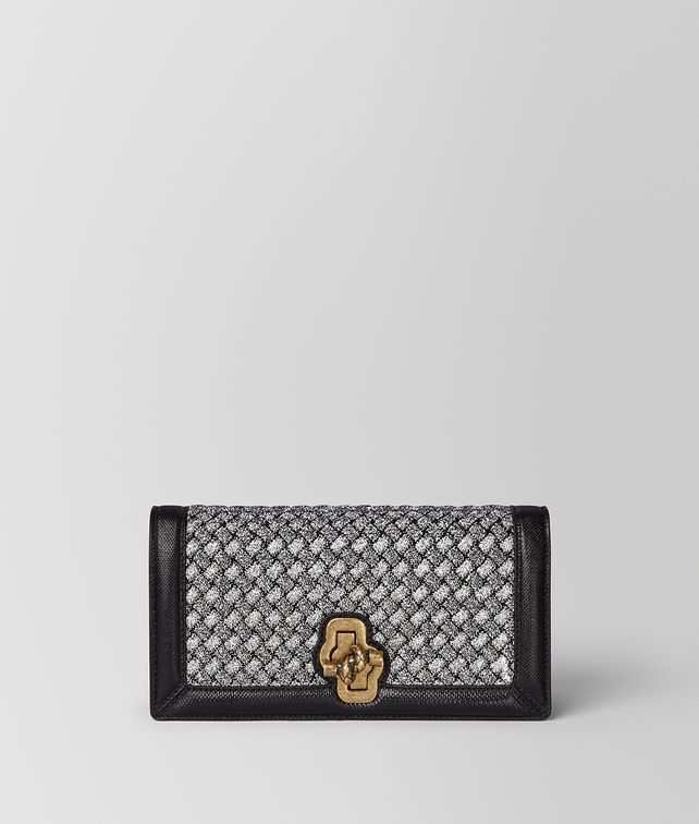 BOTTEGA VENETA KNOT CLUTCH AUS INTRECCIATO STRICK IN ANTIQUE SILVER Clutch [*** pickupInStoreShipping_info ***] fp