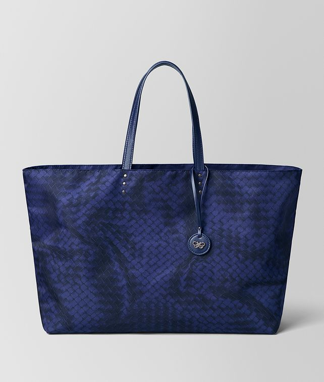 BOTTEGA VENETA LARGE TOTE IN INTRECCIOLUSION Tote Bag [*** pickupInStoreShipping_info ***] fp