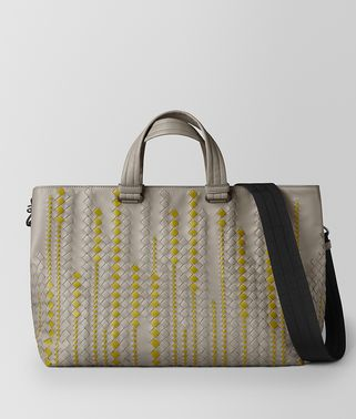 BV TOTE BAG AUS KALBSLEDER IN DARK CEMENT CHAMOMILE