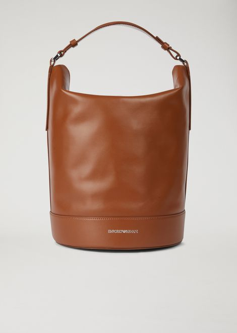 Bucket bag in smooth leather