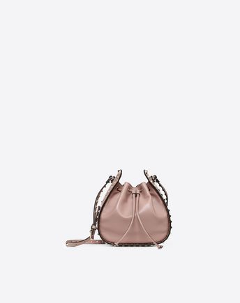VALENTINO GARAVANI BUCKET BAG D Small Rockstud Bucket Bag f