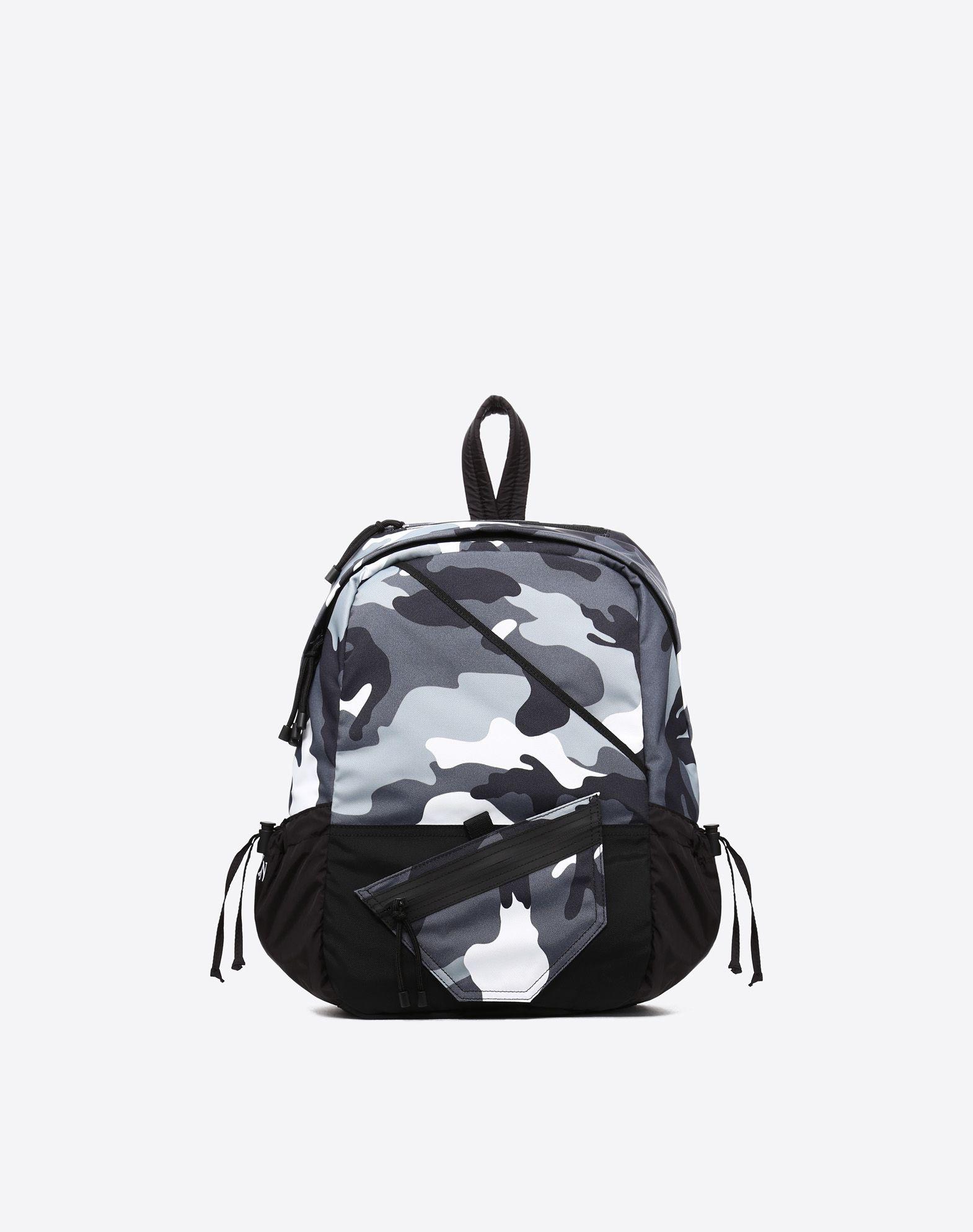 VALENTINO Techno fabric Camouflage Zip External pockets Rucksacks & Bumbags Medium  45411125xl