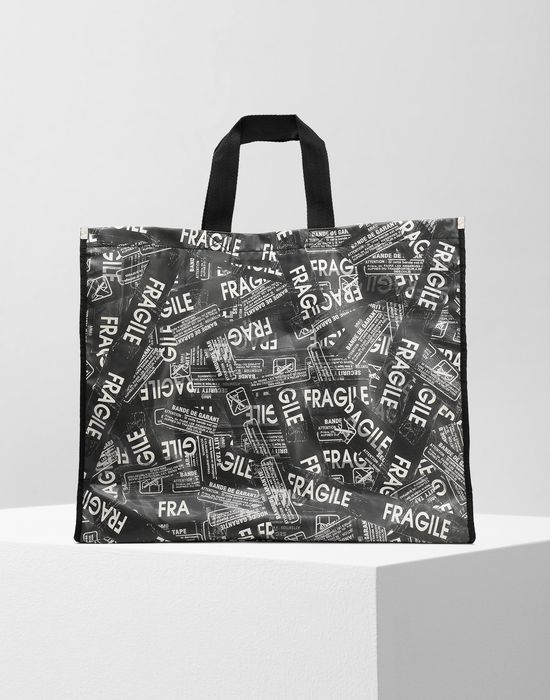 MM6 MAISON MARGIELA Fragile' PVC shopping bag Tote [*** pickupInStoreShipping_info ***] f