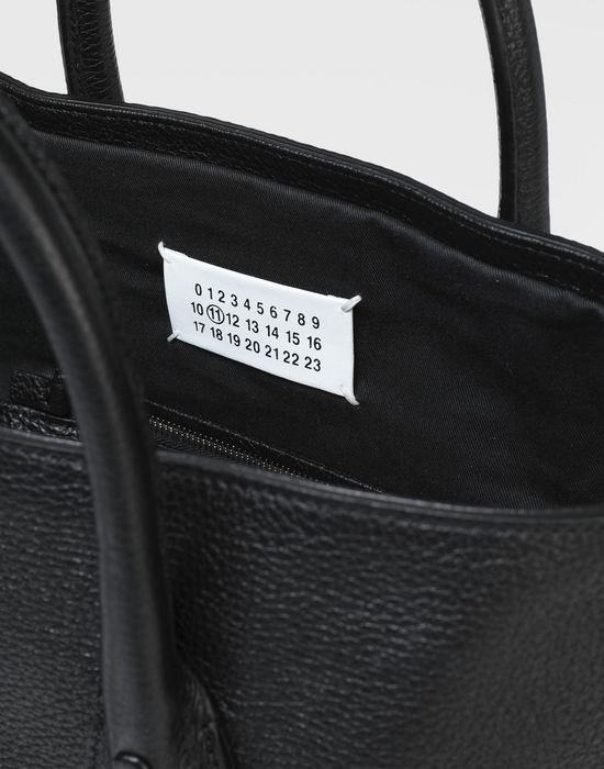 MAISON MARGIELA Leather shopper bag Tote [*** pickupInStoreShippingNotGuaranteed_info ***] a