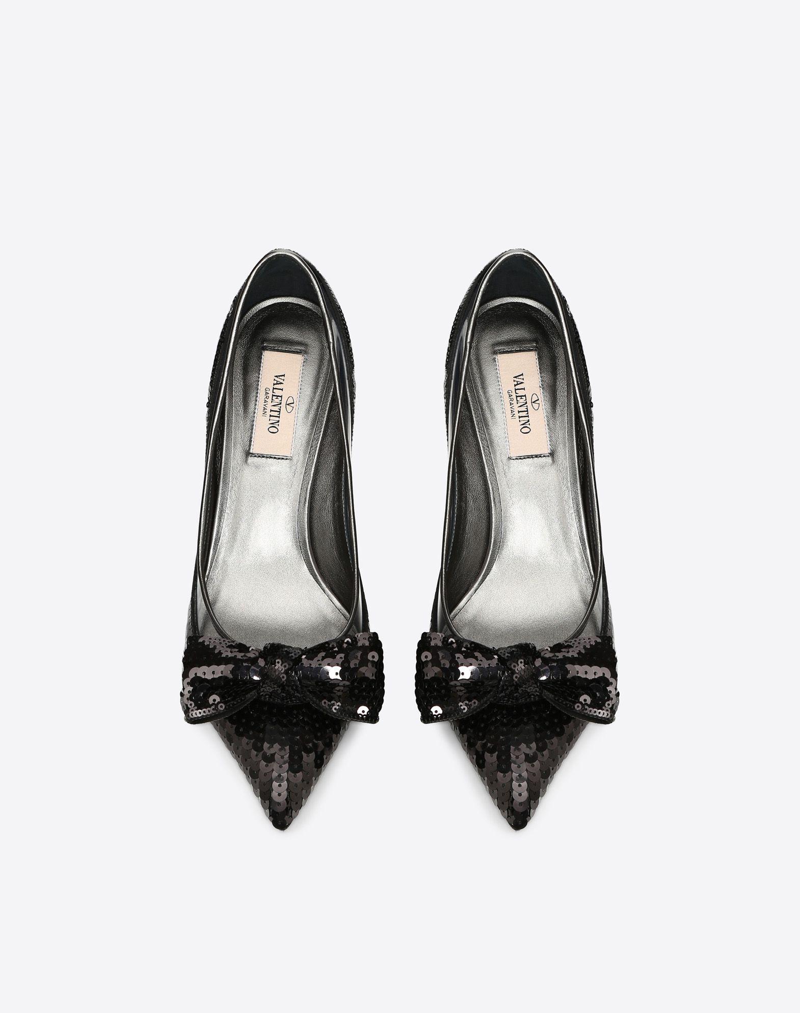 VALENTINO GARAVANI Zapatos de salón Dollybow MEDIUM HEEL PUMPS D e