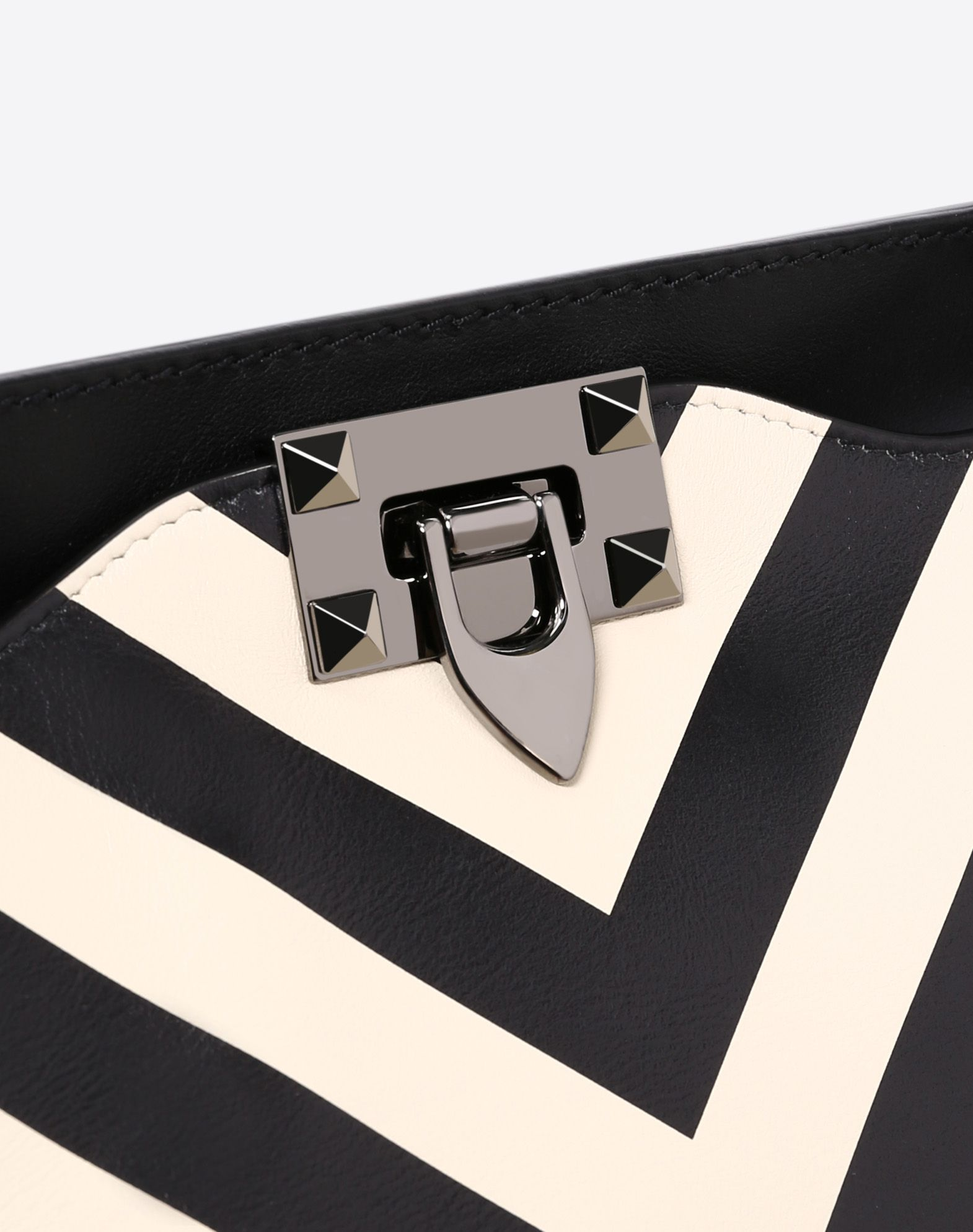 VALENTINO GARAVANI Medium Rockstud Bag  Tote D b