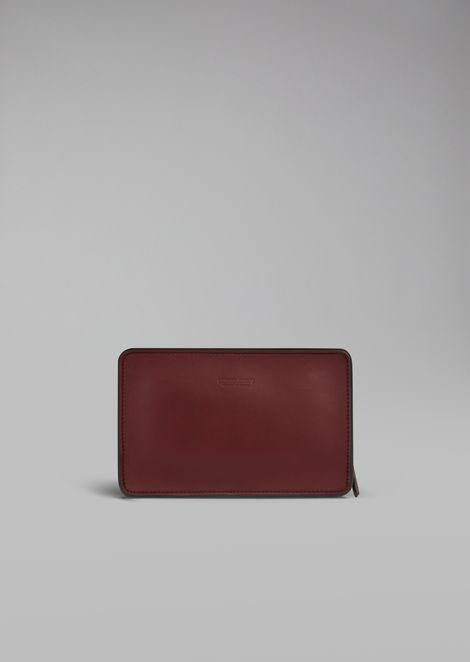 Rigid clutch in smooth calfskin
