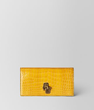 SUNSET CROCODILE KNOT CLUTCH