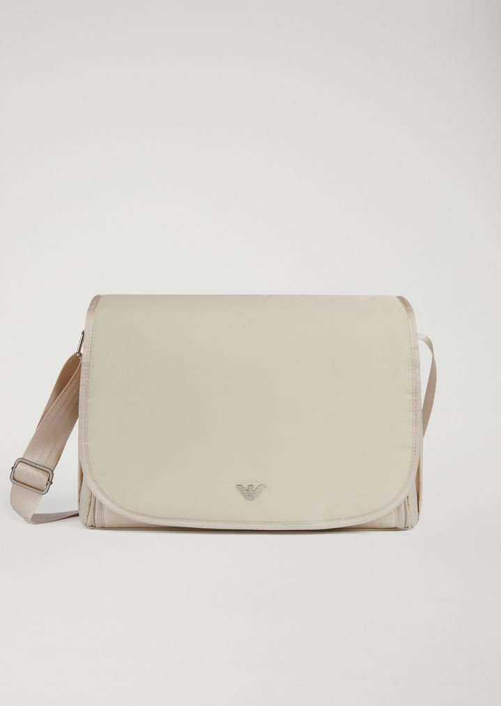 71b37a45342 Changing bag with bottle holder